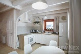 domek-drewniany-bielone-wnetrze-drewnex-3-b4a