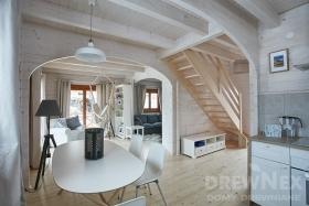 domek-drewniany-bielone-wnetrze-drewnex-6-ab9