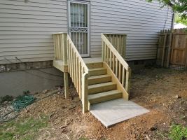 Simple-deck-stairs-with-landing