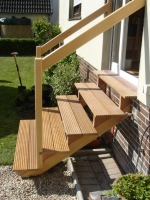 outside-stair-wooden-steps-design-idea